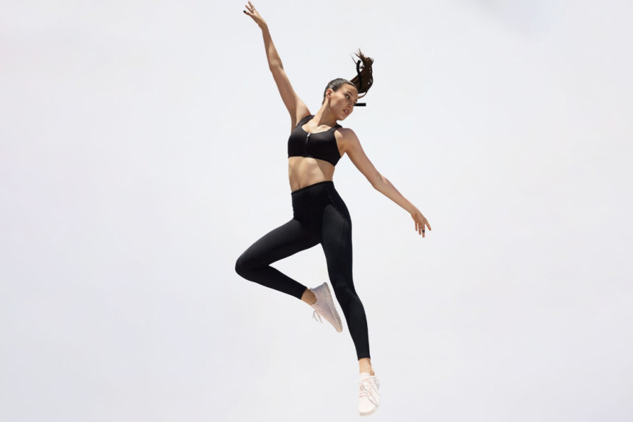 https___hypebeastcom_wp-content_blogsdir_6_files_2021_07_victorias-secret-sportswear-relaunch-campaign-1