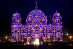 berlin-isik-festivali-basladi